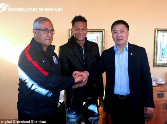 CHINESE SUPER LEAGUE  STEALING THE SHOW WITH EXTRAVAGANT FOOTBALL SIGNINGS