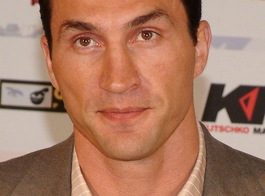 Klitschko Facing 'Holding' Disqualification Threat