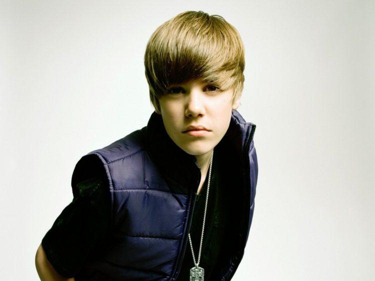 Justin Bieber Fends Off Backlash Over Manchester Stage Exit