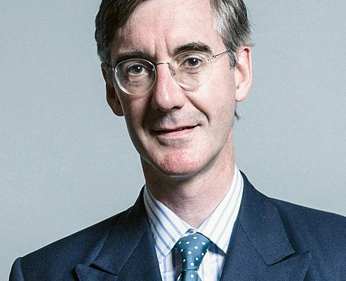 Conservative MP Jacob Rees Mogg Caught Up In University Scuffle