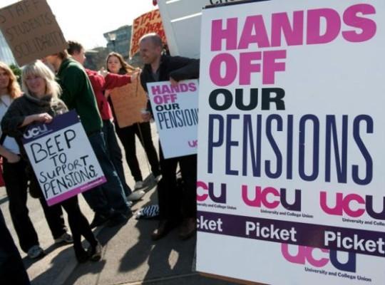 UK Staff In Over 50 Universities Begin Strike