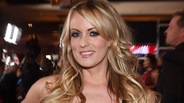 Porn Actress Stormy Daniels Eventually Splits With Shamed Lawyer Avenetti
