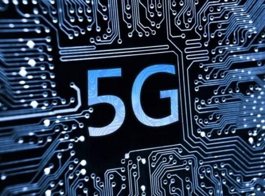 Social Media Platforms Called To Act Against False Conspiracy 5 G Corona Theories