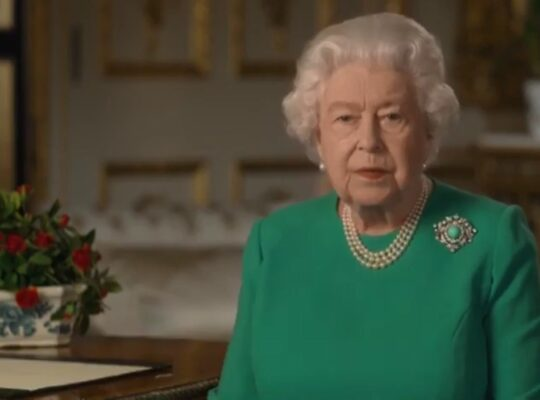 The Queen 's Moving Speech To Brits To Remain United And Resolute