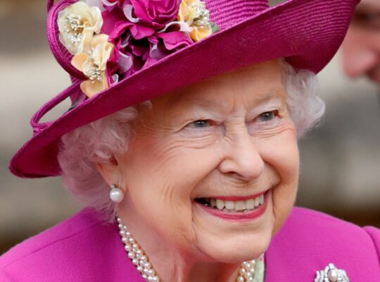 Queen And  Rest Of Royal Family Send Birthday Wishes To Prince Harry