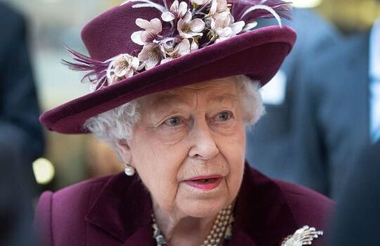 Queen Praises Northern Ireland For Continued Peace